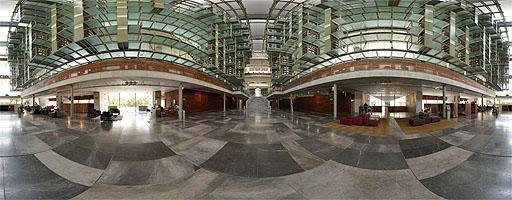 La Biblioteca Vasconcelos – Final del vestíbulo (5 de 8)