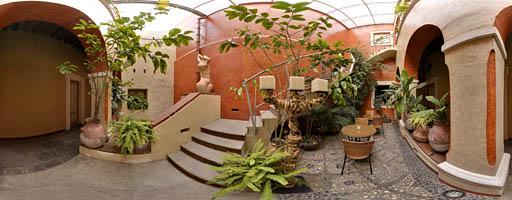 Patio de San Miguel. Hotel el Sueño. Puebla, México